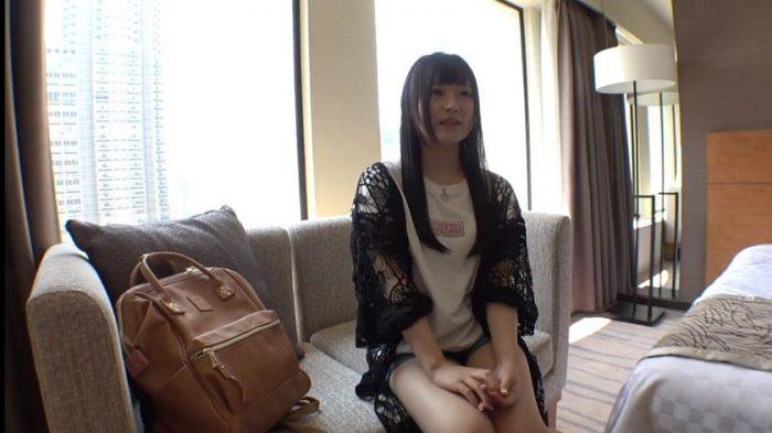 遠藤さくらにそっくりのAV女優1